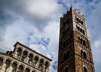 Lucca cathedral facade 02