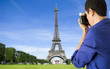 photographing tower eiffel