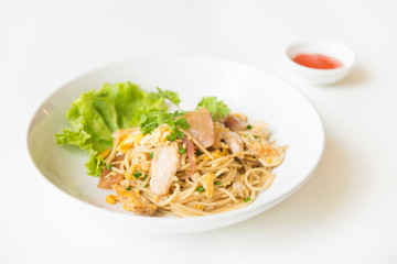 Stir fried Spaghetti with Chicken and egg. and egg.