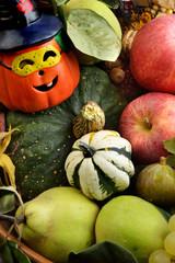 frutta autunnale e zucche per halloween