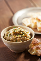 Eggplant baba ganoush with flat bread