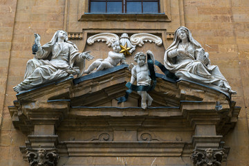 The sculptural decoration of the old house in Florence