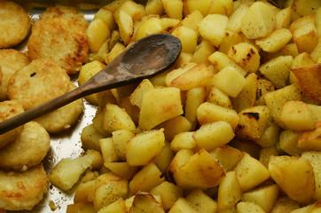 Baked potatoes Patate al forno Bratkartoffeln Expo Milano 2015