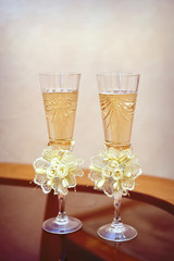 two glasses of champagne wedding