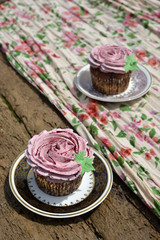 Flower shaped cupcakes