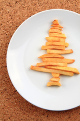 christmas tree from the potatoes chips