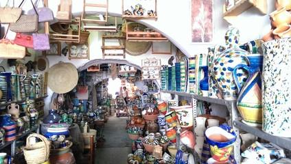 Tienda de cerámica en Almería
