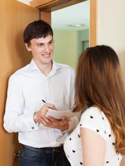 Employee  conducting  survey among people