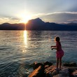 canvas print picture - Sonnenuntergang am See - Gardasee