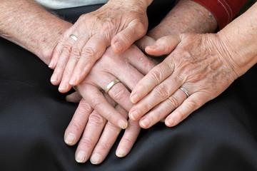 Tröstende Hände