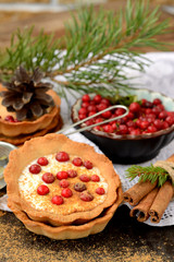 cranberries tart with white chocolate mousse