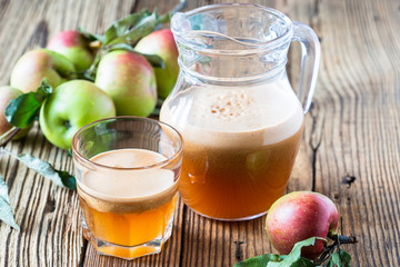 Homemade vegan apple juice