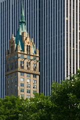 New York architecture – contrasting styles