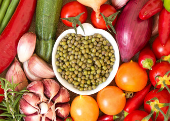 Dry organic mung beans and vegetables