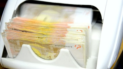 cash money counter, 50 euro notes