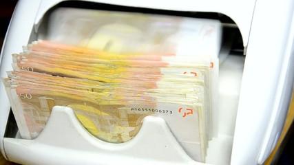 cash money counter, 50 euro notes