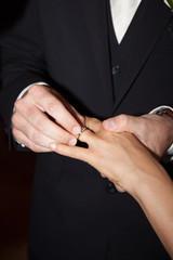 Passage des alliances mariés