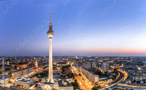 Fotobehang Beijing Berliner Fernsehturm 07422