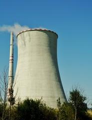 Schornstein eines Kernkraftwerks