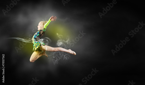 canvas print picture Gymnast girl
