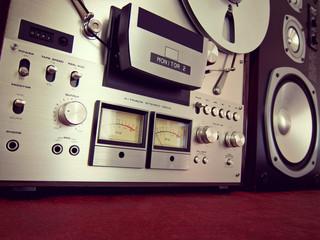 Analog Stereo Open Reel Tape Deck Recorder VU Meter