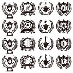 スポーツのトロフィーとメダル