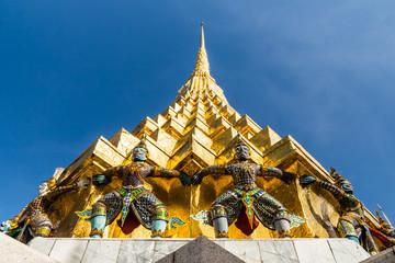 Architecture of Buddha in Wat Prakaw.
