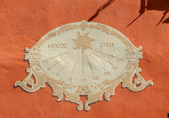 Cadran solaire.