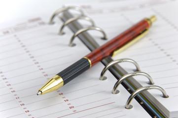 Terminkalender mit Stift