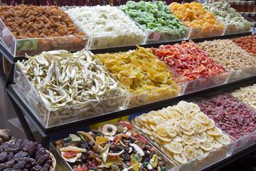Trockenobst auf einem Markt