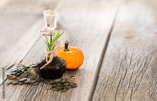 Leinwandbild Motiv Kürbiskernöl
