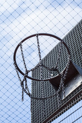 Cage bball hoop 02