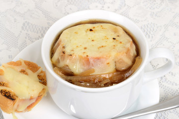 macro french onion soup with cheese bread