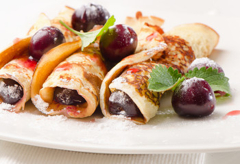 pancakes with fresh cherries