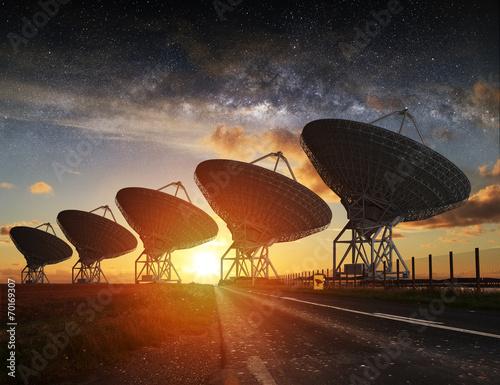 Radio Telescope view at night - 70169307