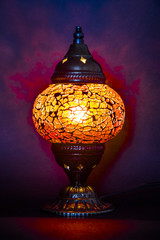 lampada turca accesa