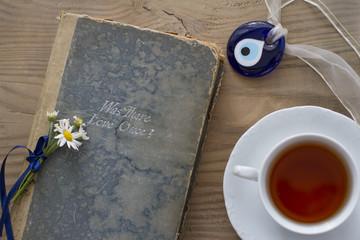 Çay Kitap Papatya