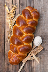Braided bread