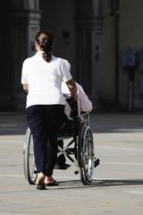 Handicap and assistance