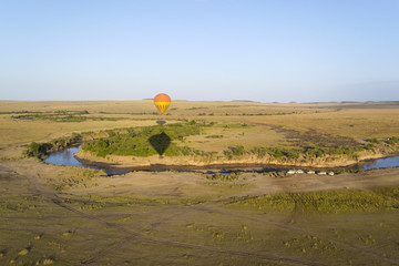 Balloon over Mara river