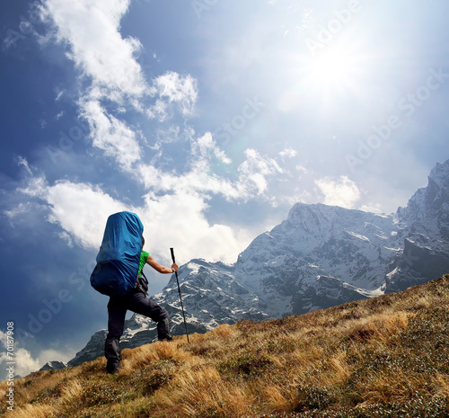 canvas print picture Tourist in high mountains. Active life concept