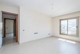 Fototapety New empty master bedroom