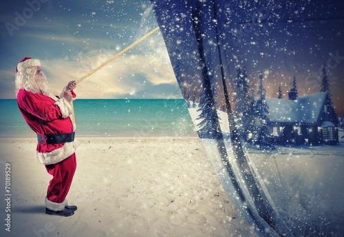 Santa Claus pulls the winter - 70189529