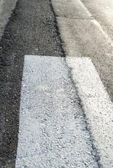 Striscia bianca su asfalto, texture trama