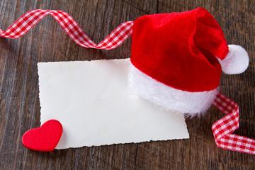 Weihnachtsmann-Mütze Karte Band Herz