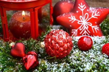 rote Weihnachtsdekoration