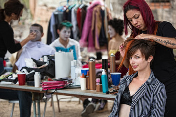 Fixing Performers' Hairdo