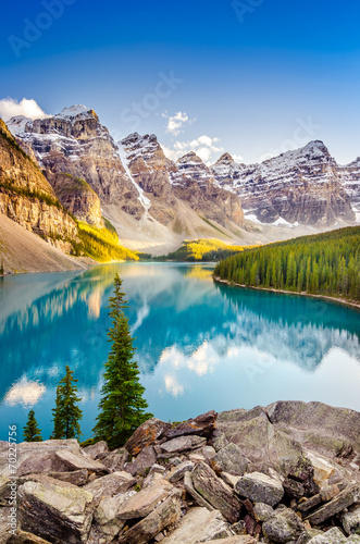 Poster Landschappen Landscape view of Moraine lake in Canadian Rocky Mountains