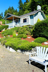 House with beautiful curb appeal and outdoor rest area. Port Orc