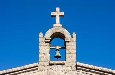 Kirchenkreuz mit Glocke - Sardinien